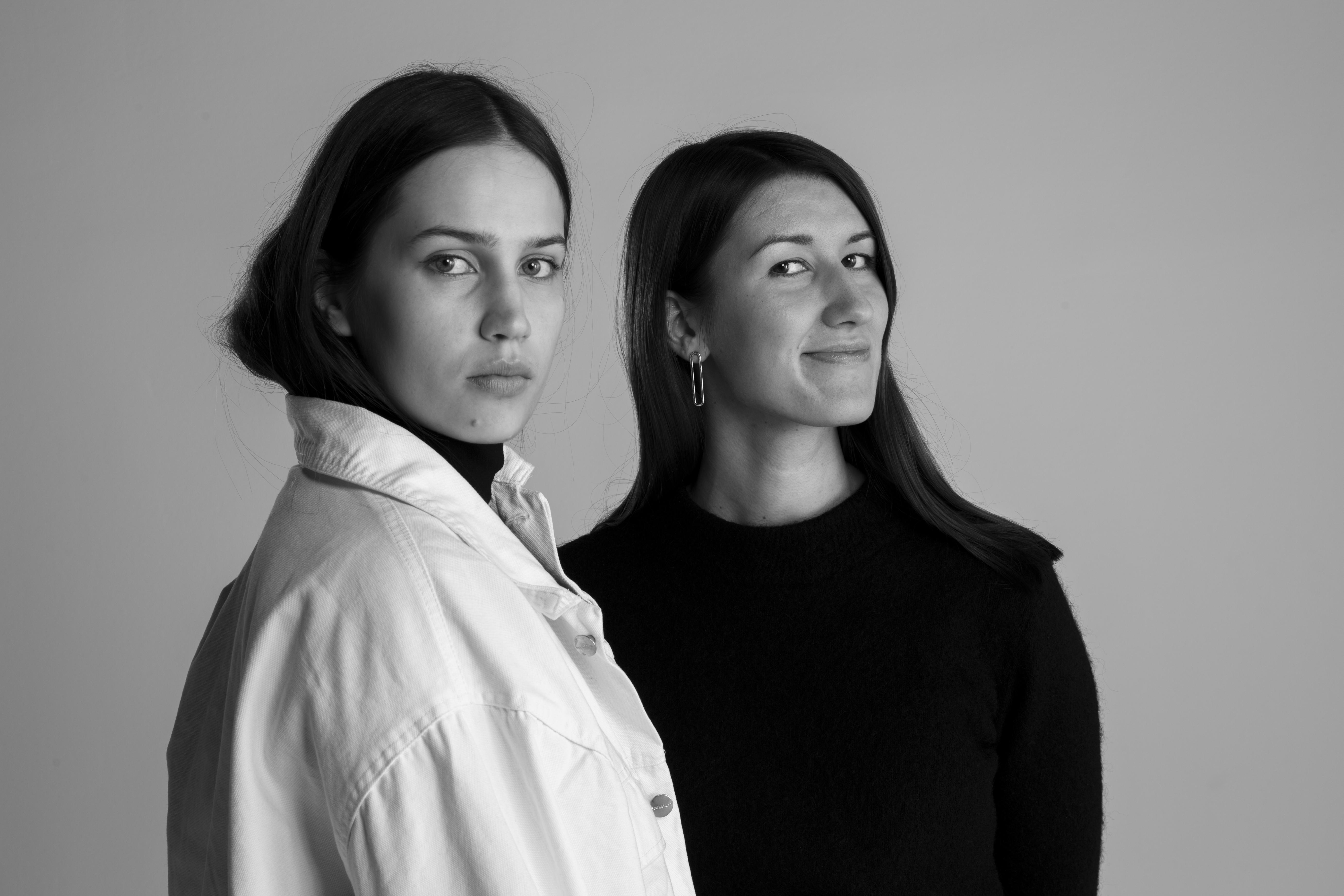 Emma Saarnio ja Helmi Liikanen. Kuva: Eeva Suorlahti