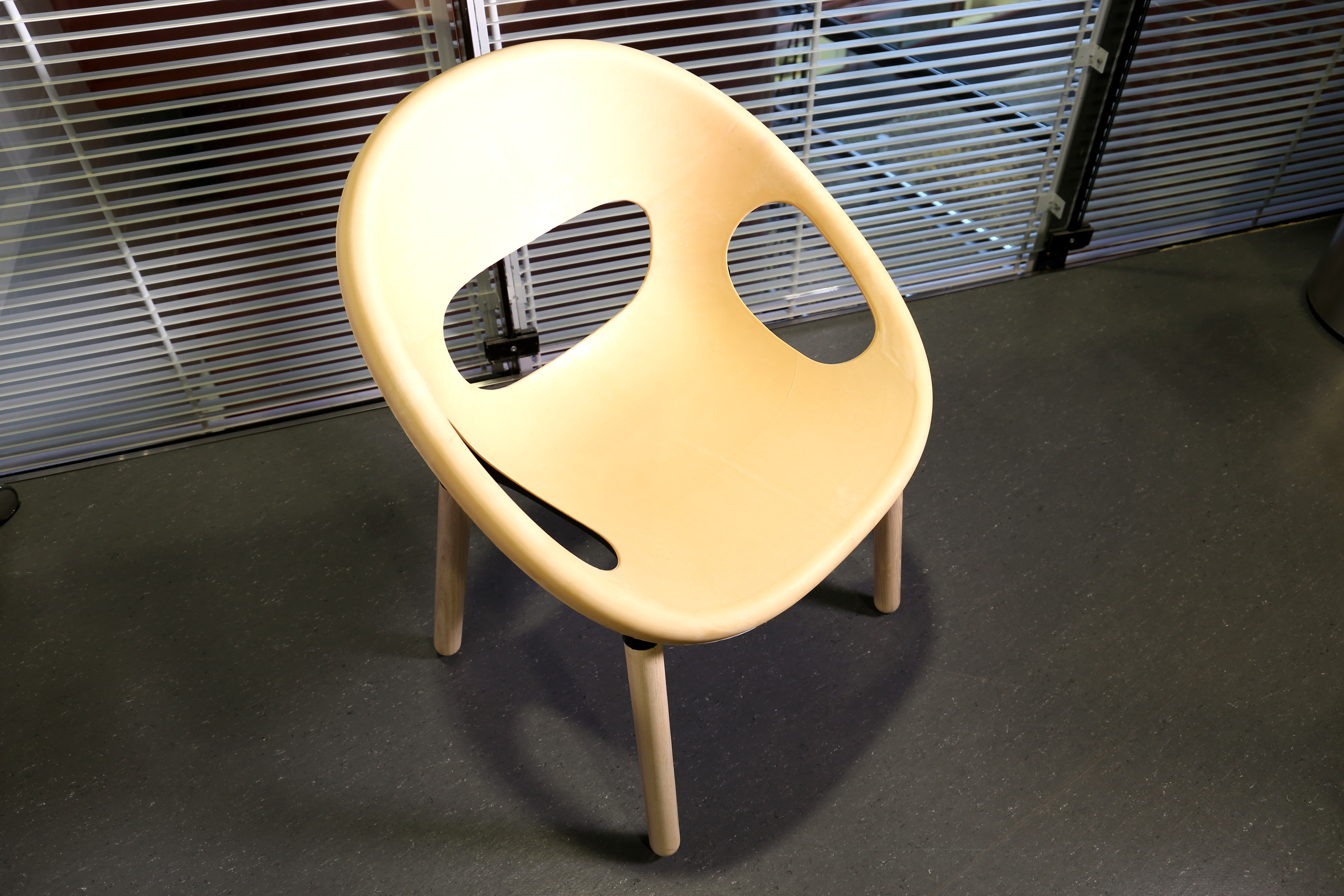 A chair made from biocomposite materials in co-operation between VTT, Plastec Finland and KO-HO Industrial Design. Image: VTT